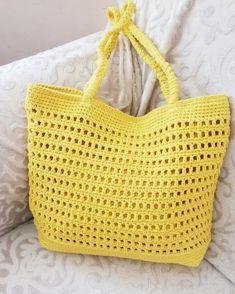 Sarı 🌞🌻💛 tam yaz çantası #çanta #yazlıkçanta #handmadebag #mybag #instabag #instastyle #acsessories Handmade Handbags, Handmade Bags, Handmade Crafts, Crochet Handbags, Crochet Purses, Summer Bags, Knit Fashion, Knitting Yarn, Textile Design
