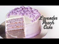 This lavender-infused cake with peach preserves and meringue buttercream is somethin' else! When peach and lavender come together they create a sweet and aro. Velvet Cake, Mini Cakes, Cupcake Cakes, Lavender Cake, Edible Lavender, Lavender Recipes, Lavander, Lavender Oil, Chocolate Pavlova