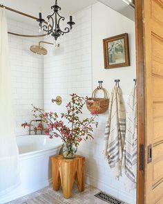 Half Bathroom Decor, Man Bathroom, Rustic Bathroom Decor, Laundry In Bathroom, Bathroom Renos, Bathroom Ideas, Bathroom Goals, Upstairs Bathrooms, I Spy Diy