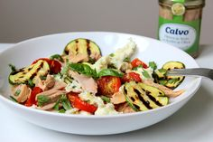 Cooking with Šůša : Salát s pečenými rajčátky, tuňákem a mozzarellou Kung Pao Chicken, Mozzarella, Pasta Salad, Potato Salad, Salads, Potatoes, Meat, Vegetables, Cooking
