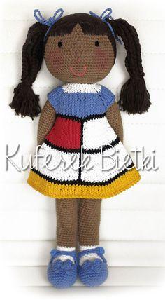 Keisha - zabawka wykonana ręcznie na szydełku. Lalka ubrana jest w sukienkę stylizowaną na Mondrian style 60 Yves Saint Laurent, w swete...