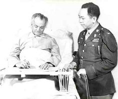 Colonel Carlos P. Romulo with President Manuel L. This photo was taken shortly before Quezon's death in in Lake Saranac, New York, a vacation resort with a sanatorium for tuberculosis. Philippines People, Philippines Culture, President Of The Philippines, Vacation Resorts, American War, Environmental Science, Us Presidents, Historical Photos, Pinoy