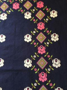 This Pin was discovered by HUZ Prayer Rug, Cross Stitch, Kids Rugs, Embroidery, Rose, Pattern, Design, Recipes, Bias Tape