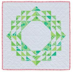 Hyacinth Quilt Designs: Christmas Wreath mini quilt