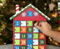It can be a challenge to come up with Advent Calendar ideas that don't include candy- but I'm here again this year with new, fun, family-friendly options! Christmas Countdown Calendar, Printable Christmas Cards, Christmas Greeting Cards, Christmas Greetings, Kids Calendar, Calendar Design, Calendar Ideas, Alternative Advent Calendar, Greeting Card Shops