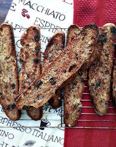 Recipe for the homemade version of Corner Bakery's sweet raisin crisps made from whole wheat raisin bread.