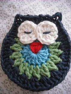 Purple Chair Crochet: Owl Make a Motif (Free!)