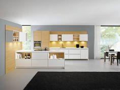 moderne Küchengestaltung Schränke-Regalsystem Kochinsel akzentbeleuchtung