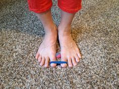 Reduce bunions with this stretch