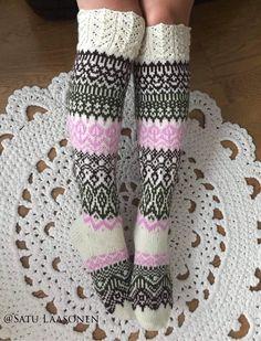 Knit Socks, Knitting Socks, Rainbow Dog, Men In Heels, Magic Loop, Red Green Yellow, Circular Needles, Christmas Stockings, Ale