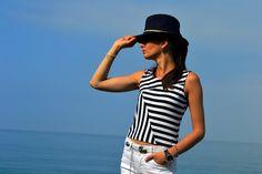 Белые джинсы и полосатая майка из вискозы   yana.fashion > модный дневник