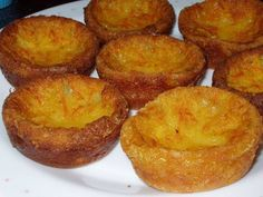 portuguese milk cajadas Recipe - Yummy this dish is very delicous. Let's make portuguese milk cajadas in your home! Tart Recipes, Sweet Recipes, Dessert Recipes, Cooking Recipes, Cheesecake Desserts, Portuguese Desserts, Portuguese Recipes, Portuguese Food, Portuguese Tarts