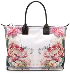 #Painted Posie Large Tote Bag  https://couponash.com/deal/painted-posie-large-tote-bag/168603