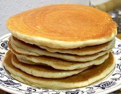 Keto PANCAKES   2 scoops vanilla whey protein powder, 2/3 cup   1/3 cup almond flour, 40 grams   2 teaspoons baking powder   Dash cinnamon   Pinch salt, optional   1 ounce cream cheese, softened   2 eggs   1/4 cup oil   1/2 teaspoon vanilla