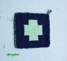 topflappen grün blau kreuz ♥ geschenk kochen küche von alpenglück auf DaWanda.com