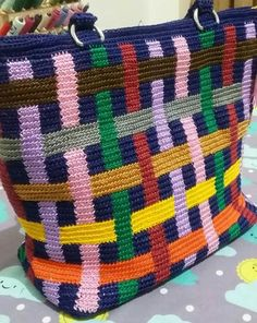 Discover thousands of images about Mochila bag Crochet Backpack, Crochet Tote, Crochet Handbags, Crochet Purses, Crochet Chart, Mochila Crochet, Tapestry Crochet Patterns, How To Make Purses, Tapestry Bag