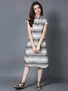 Cream Grey Handloom Cotton Ikat Dress Dresses For Teens, Casual Dresses, Short Dresses, Fashion Dresses, Salwar Designs, Blouse Designs, Frock Patterns, Ikkat Dresses, Denim Ideas