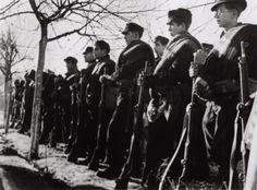 Robert Capa     International Brigades Volunteers, Spanish Civil War, Madrid     1936