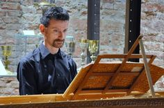 5 maggio 2013: Arcangelo Corelli. Le sonate per violino / parte II –– Michele Barchi, spinetta (Photo by Enzo Demaria) Waffles, Breakfast, Food, Violin, Meal, Eten, Meals, Waffle, Morning Breakfast