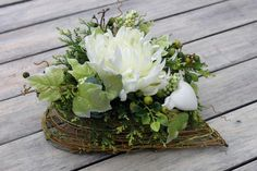 kompozycje na groby - Hľadať Googlom Funeral Flower Arrangements, Funeral Flowers, Floral Arrangements, My Little Baby, Chrysanthemum, Ikebana, Origami, Bouquet, Wreaths
