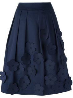 """Buy Jimi Roos skirt """"Flowers"""" in Societe Anonyme from the world's best un…… Kaufen Sie Jimi Roos Rockmusik """"Flowers"""" in Societe Anonyme von jener weltbesten … – Blouse And Skirt, Dress Skirt, Hijab Fashion, Fashion Dresses, Fashion Tips, Flower Skirt, Cute Skirts, Mode Style, Skirt Outfits"""