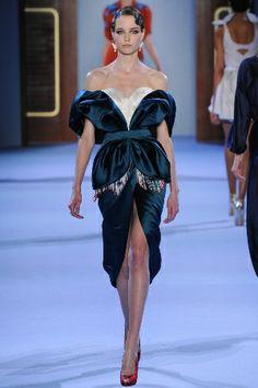 Показ: Ulyana Sergeenko couture S2014 | Журнал СosmoShopping