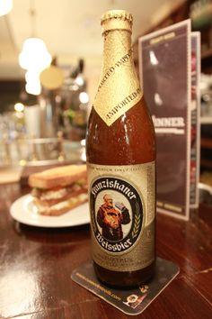 Cerveza Franziskaner Weissbier rubia de trigo y 5º