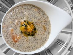 Raw Chia Pudding w Persimmon & Passionfruit - vegan, organic & raw