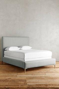 Belgian Linen Edlyn Bed