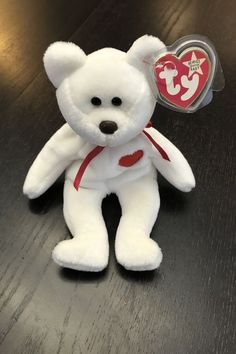The 20 Expensive Collectible Beanie Babies Will Make You Rich - Most Valuable Beanie Babies Beanie Babies Worth, Valuable Beanie Babies, Beanie Babies Value, Beanie Baby Bears, Ty Beanie Boos, Most Expensive Beanie Babies, Ty Babies, Rare Coins Worth Money, Build A Bear