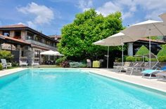Heidi Bed and Breakfast Albavilla Heidi Bed and Breakfast features a floral garden with seasonal outdoor pool and a comfortable lounge area. Set in Albavilla, 1 km from Erba, the B&B is just a 20-minute drive from Lake Como.