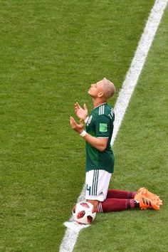 0a5850acf Mexico s forward Javier Hernandez prays ahead of the Russia 2018 World Cup  round of 16 football