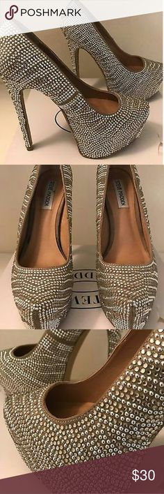 Steve Madden Heavy Crystal Platform Pumps This Steve Madden Pump displays an array of heavy crystal in a beige and white zebra pattern.  Gorgeous Shoes and ONLY WORN ONCE!   Size: 9 Steve Madden Shoes Platforms