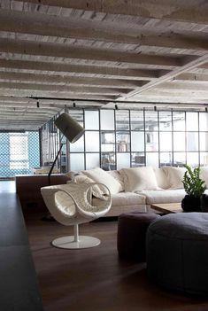 Open Riser Staircase With Zig Zag Shaped Stringers Chicago Loft By Nora Schneider Interior Design