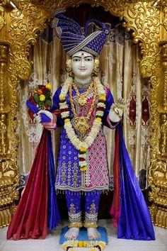 HD Swaminarayan Murti  Lord Swaminarayan Wallpapers Photos