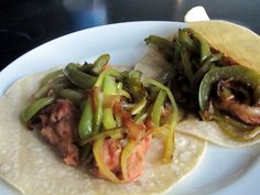 Pinto Bean Chipotle Tacos: This is a quick and easy vegetarian dinner that I'm confident even meat lovers will enjoy. Plus, it's gluten-free, dairy-free, and LOADED with heart-healthy fiber thanks to the beans. You'll love this fun, flavorful Mexican meal!