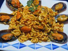 Fideuá con mejillones Ana Sevilla olla GM Food N, Good Food, Food And Drink, Spanish Cuisine, Spanish Food, Gm Olla, Latin Food, Gnocchi, Paella