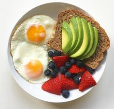 Easy Healthy Breakfast Ideas & Recipe to Start Excited Day Easy and healthy breakfast ideas and recipes to start an exciting day # Easy breakfast breakfast Quick Healthy Breakfast, Healthy Snacks, Healthy Recipes, Healthy Brunch, Brunch Food, Healthy Breakfasts, Healthy Protein, Comidas Fitness, Good Food