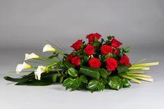 Unique Flowers, Big Flowers, Beautiful Flowers, Grave Decorations, Flower Decorations, Valentine's Day Flower Arrangements, Flower Chart, Funeral Flowers, Floral Centerpieces