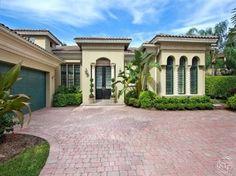 1746 Venezia Ct Naples, FL 34105 in Grey Oaks Naples FL
