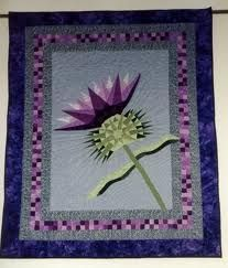 Beautiful thistle quilt