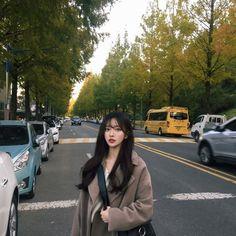 Winter mini market open ◟̊◞̊ / 마감 : 네이버 블로그 Mode Ulzzang, Ulzzang Korean Girl, Cute Korean Girl, Cute Asian Girls, Korean Girl Groups, Ulzzang Girl Fashion, Korean Girl Fashion, Korean Photography, Girl Photography