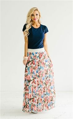 Pretty Floral Pleated Maxi Skirt