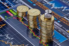 Main indices are: Dow Jones 30, S&P 500, NASDAQ 100, FTSE 100, DAX 30, CAC 40 and NIKKEI 225. With Binary Options you trade on the value of a index. Will it go up or down? Join 24option on Twitter: http://www.twitter.com/24option