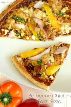 BBQ Chicken Fajita Pizza on SixSistersStuff.com