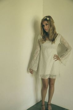 1960s Vintage Style Crochet Lace Wedding Dress with Big