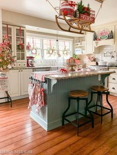 Favorite Beautiful Christmas Decorating Ideas Love this festive Christmas kitchen complete with sleigh holding gifts Rustic Christmas, Christmas Home, Christmas Holidays, Christmas Goodies, White Christmas, Christmas Kitchen Decorations, Cottage Christmas Decorating, Christmas Decir, Christmas Wreaths For Windows