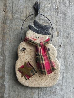 Primitive Snowman Salt Dough Ornament / by cookiedoughcreations