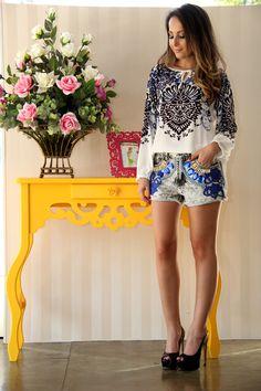 Meninas, pra quem ama peças leves, coloridas e cheias de estilo, vai amar esse post com os looks de verão da  Estação da Moda . Ontem fui f...