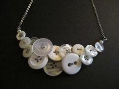 DIY Wire Necklace : DIY Button Necklace